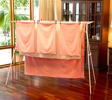 Mrs. Pegg's tips for portable clothesline drying.